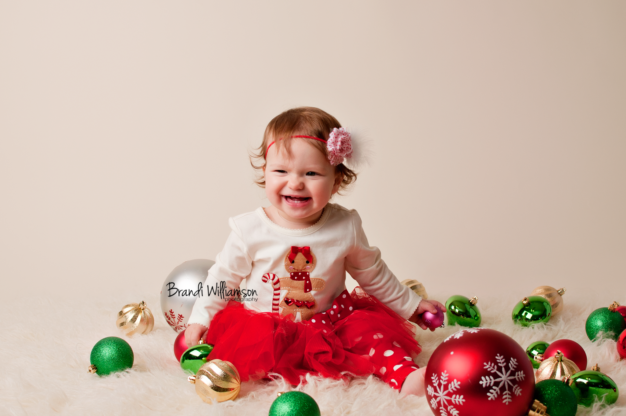 © Brandi Williamson Photography   christmas baby