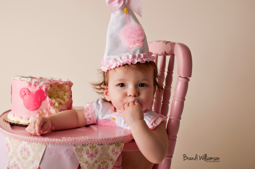 © Brandi Williamson Photography | smash cake