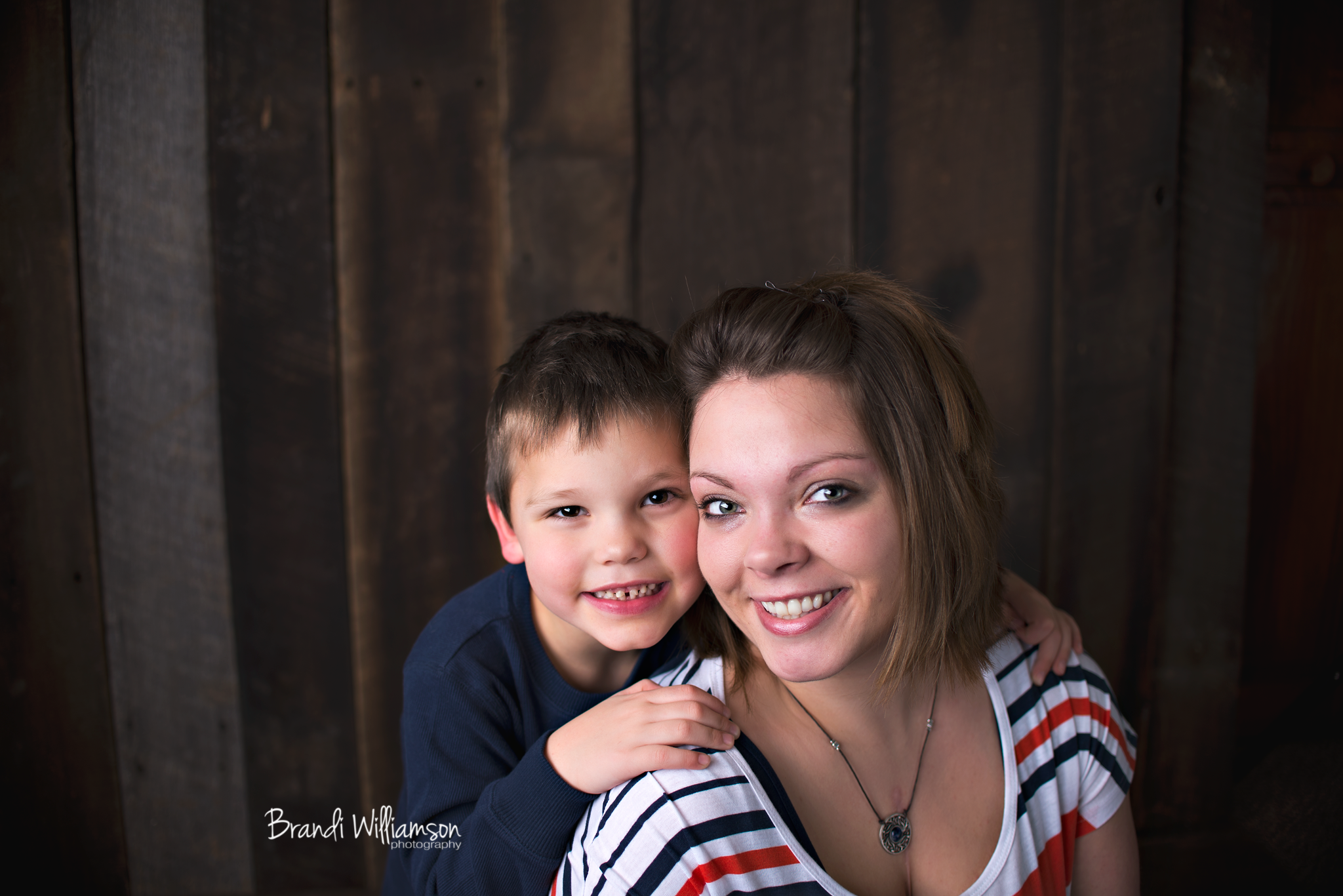 © Brandi Williamson Photography   family of 2