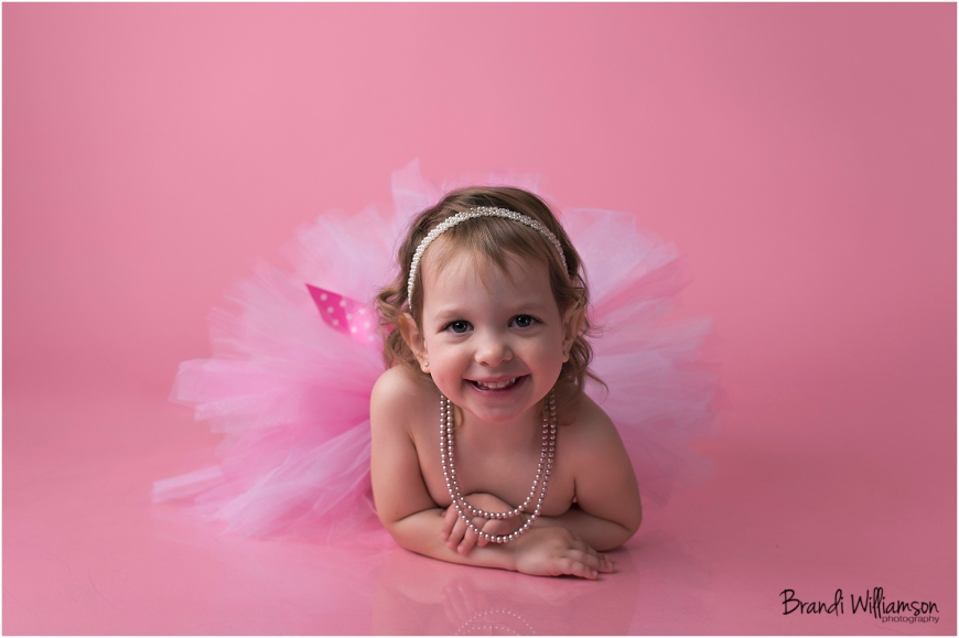 © Brandi Williamson Photography | 3 year old girl