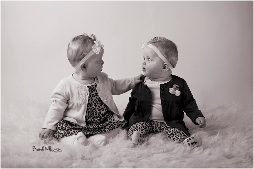 © Brandi Williamson Photography | 6 month twins