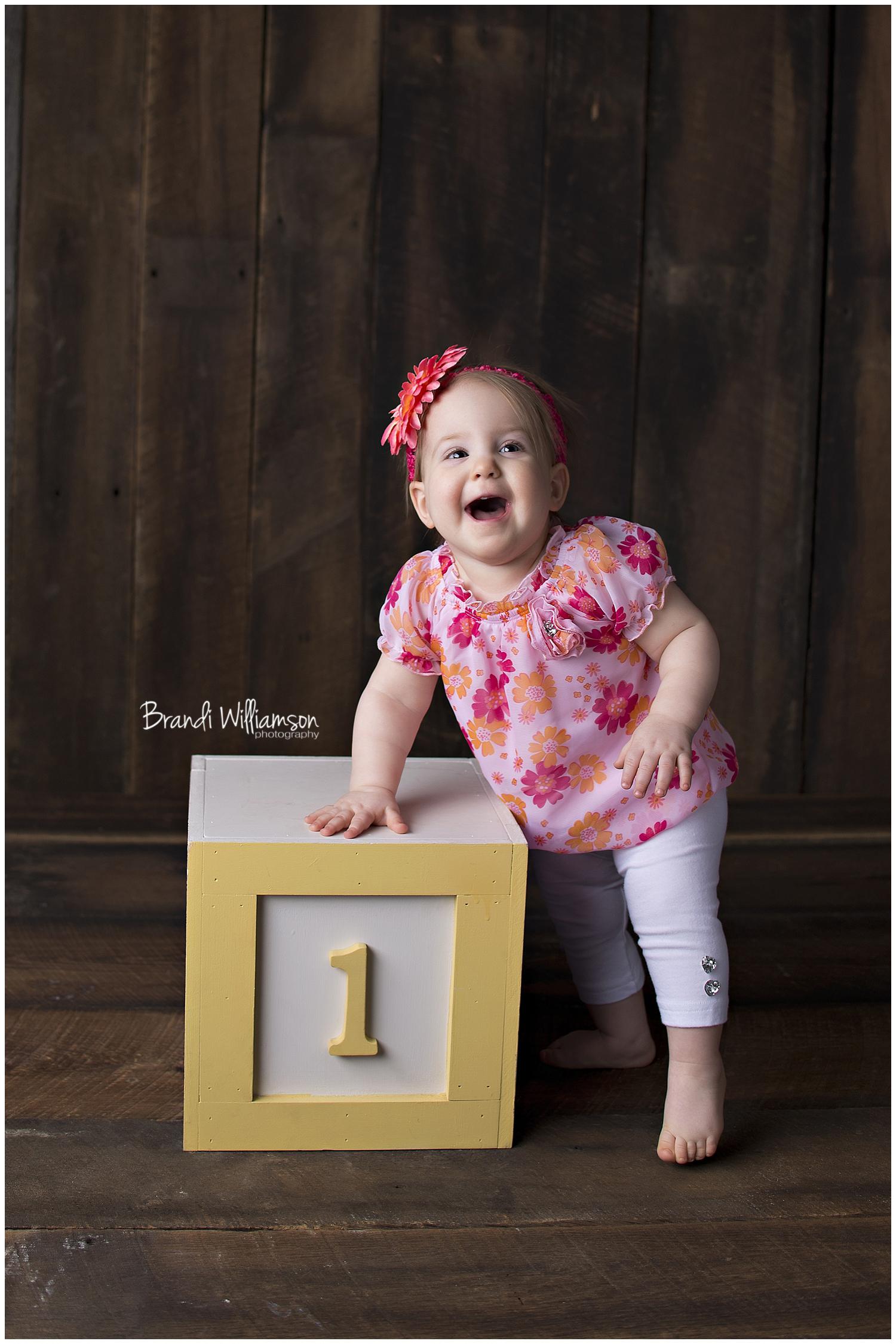 © Brandi Williamson Photography   happy 1st birthday sweet girl