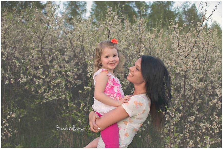 © Brandi Williamson Photography | aunt & niece | spring