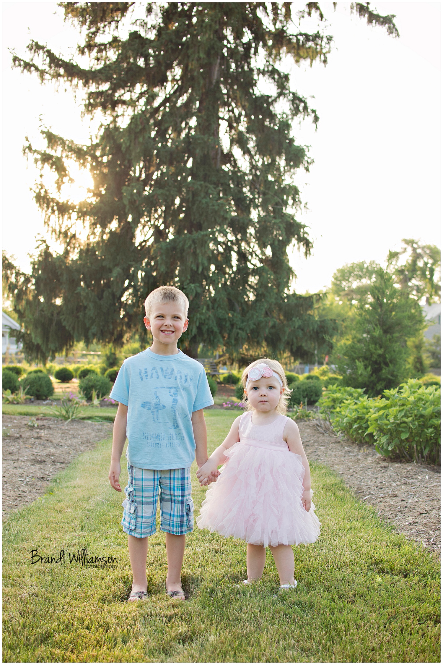 © Brandi Williamson Photography |NE Ohio Photographer | siblings