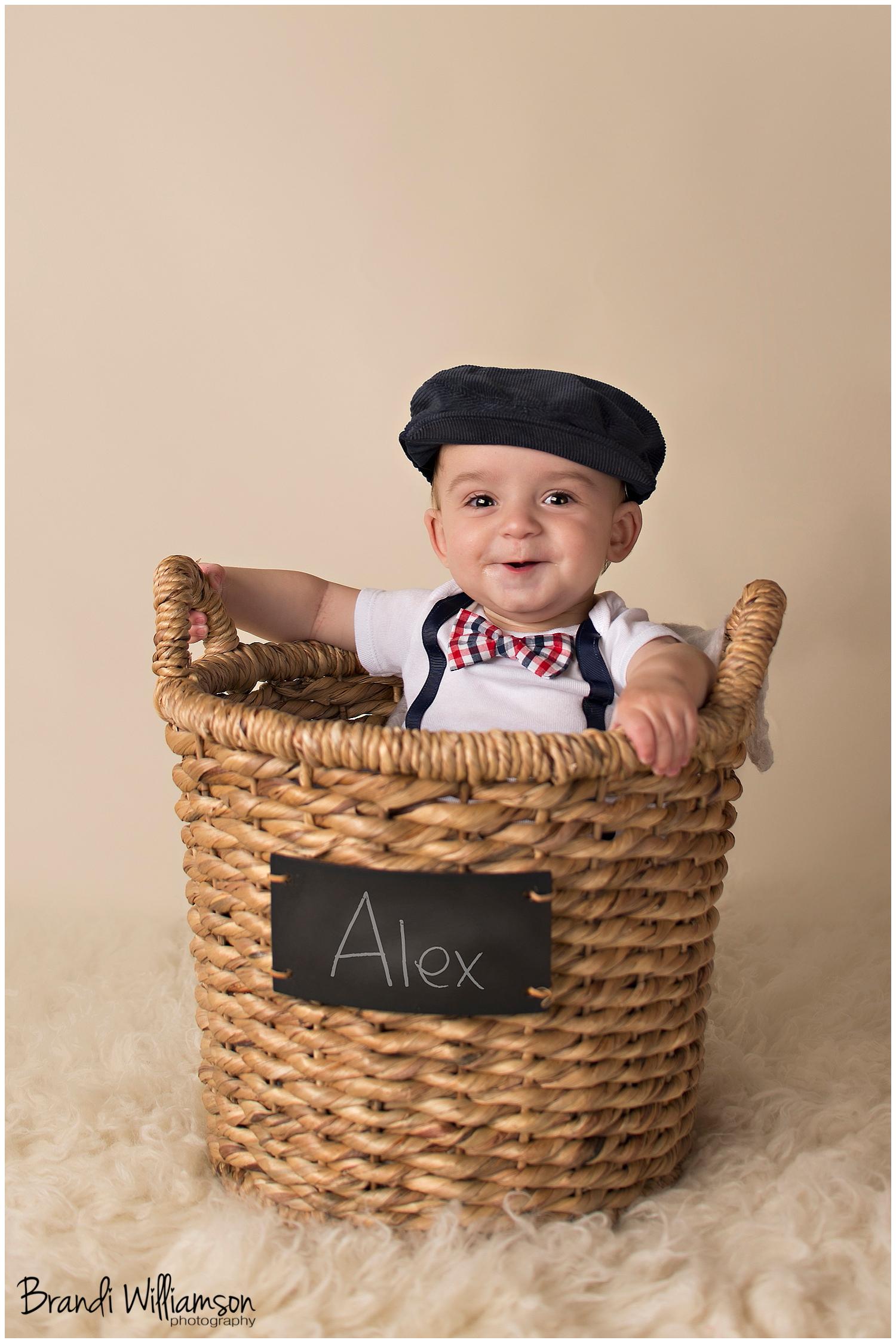 © Brandi Williamson Photography | NE Ohio Photographer | 6 month old