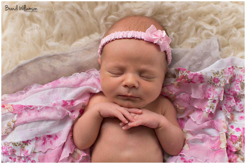 © Brandi Williamson Photography | NE Ohio Photographer | newborn baby girl