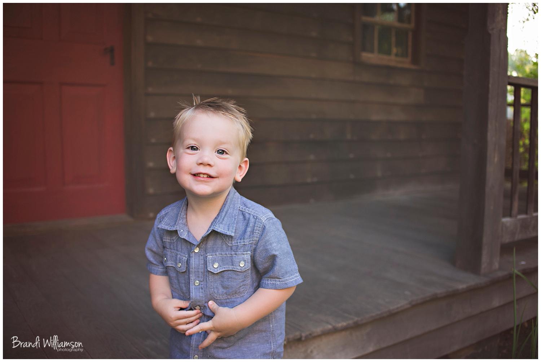 © Brandi Williamson Photography | NE Ohio Photographer | Zoar Ohio | 2 year old boy