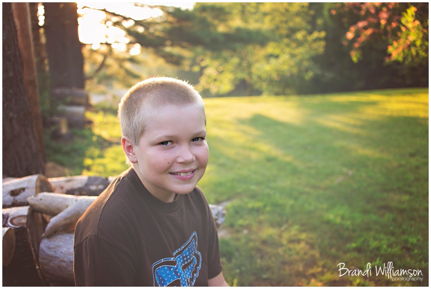 Dover, New Philadelphia OH family photographer | a boy + a dog + family