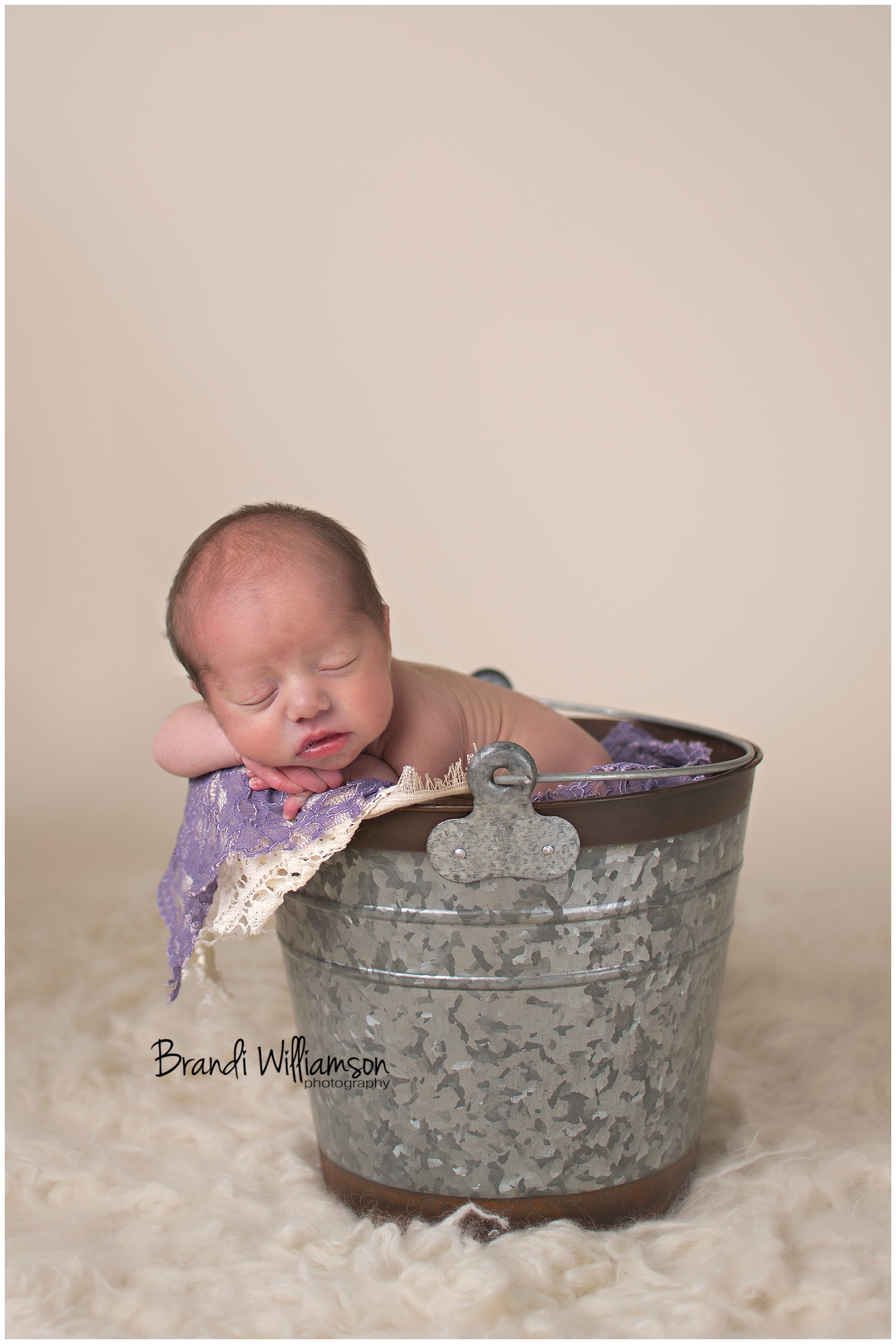 © Brandi Williamson Photography | Dover, New Philadelphia OH newborn + family photographer