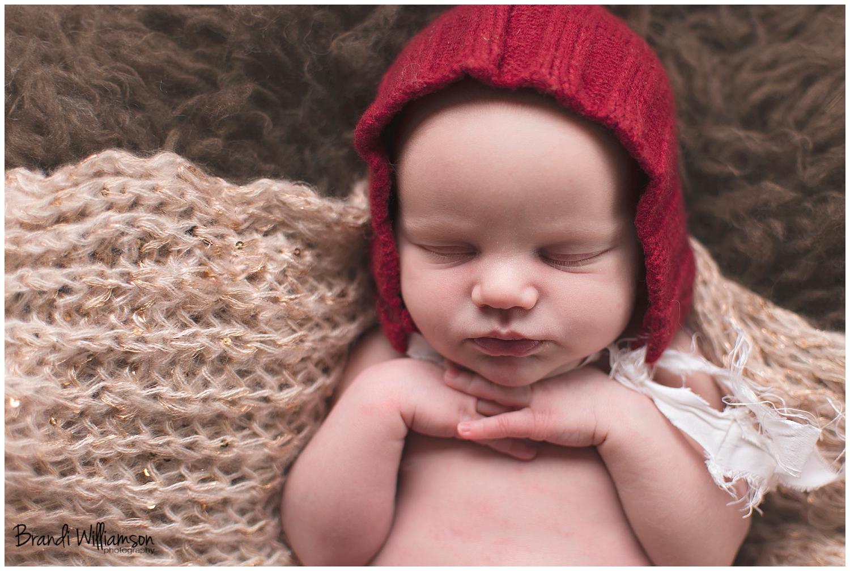 Dover, New Philadelphia Ohio Newborn Photographer | © Brandi Williamson Photography | newborn baby girl