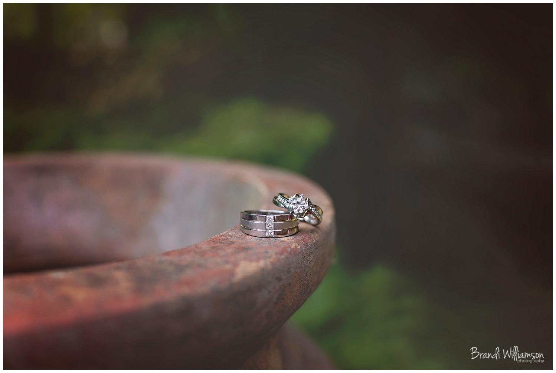 Dover, New Philadelphia Ohio Wedding Photographer | © Brandi Williamson Photography