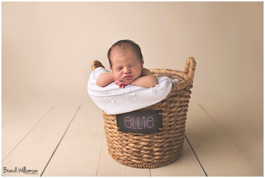 Dover, New Philadelphia OH newborn photographer | baby girl | Ohio Photographer | ©Brandi Williamson Photography
