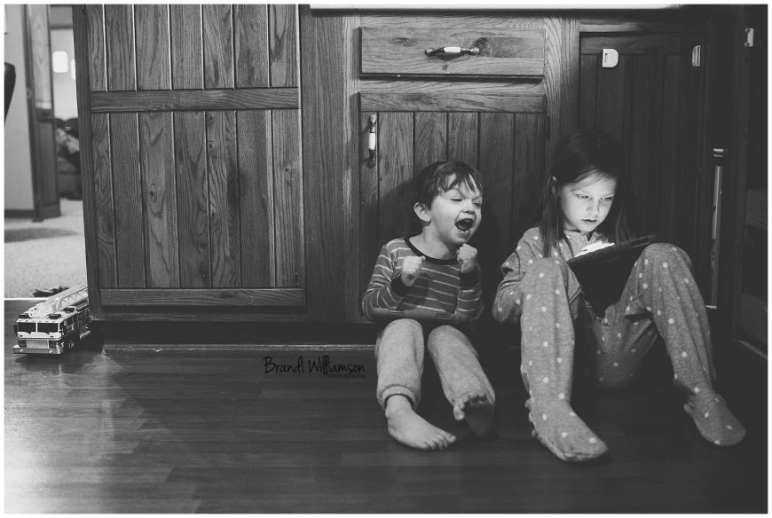 Dover, New Philadelphia Ohio lifestyle family photographer   © Brandi Williamson Photography