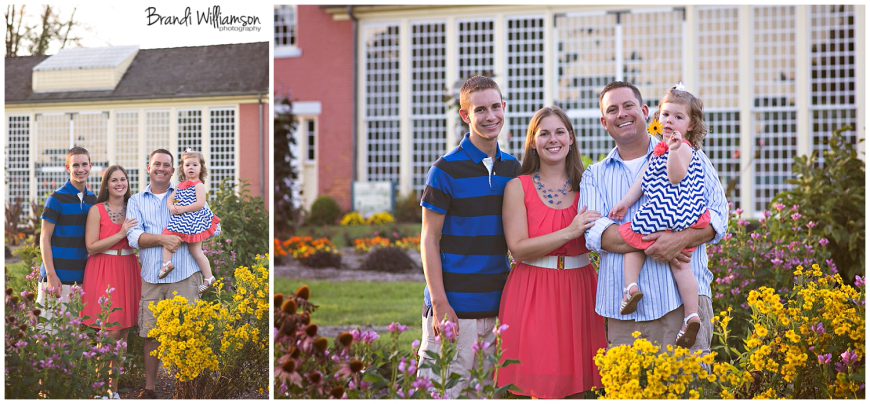 Dover, New Philadelphia Ohio family photographer | © Brandi Williamson Photography 2014 | family session at Zoar Gardens