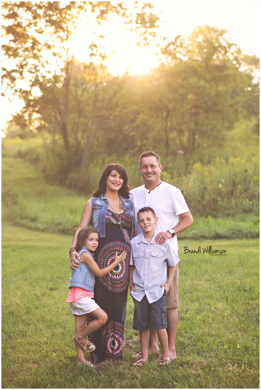 New Philadelphia, Dover, Bolivar, Canton Ohio maternity and newborn photographer | © Brandi Williamson Photography 2014
