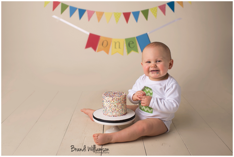Peachy Massillon Oh Babys First Birthday Smash Cake Photographer Josh Funny Birthday Cards Online Alyptdamsfinfo